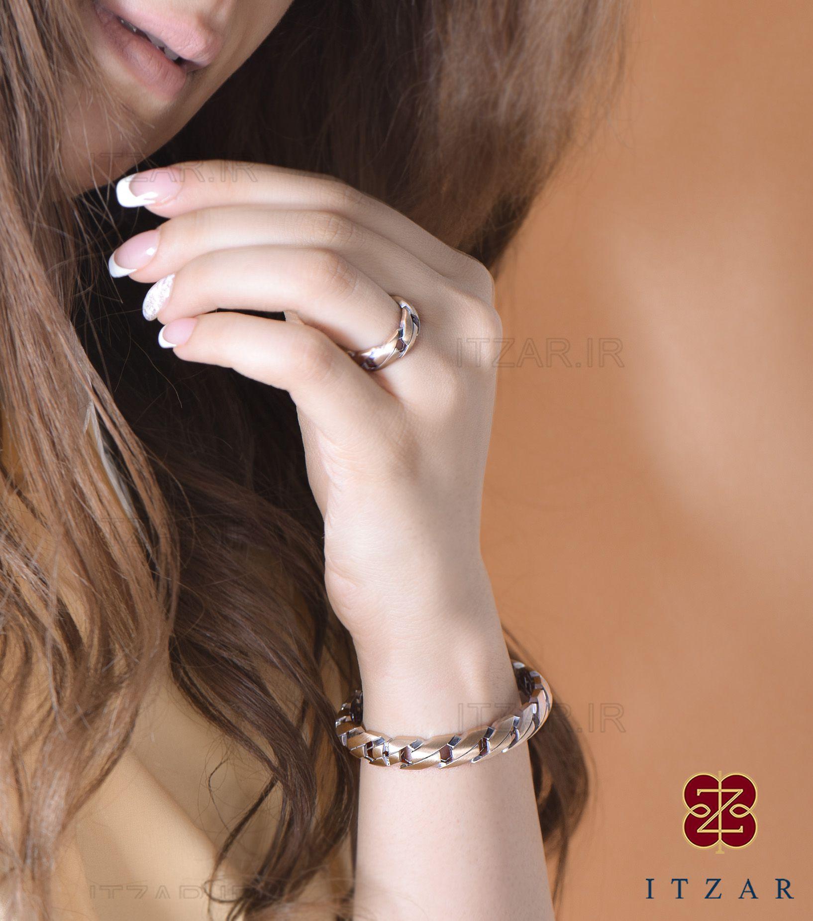 دستبند - انگشتری