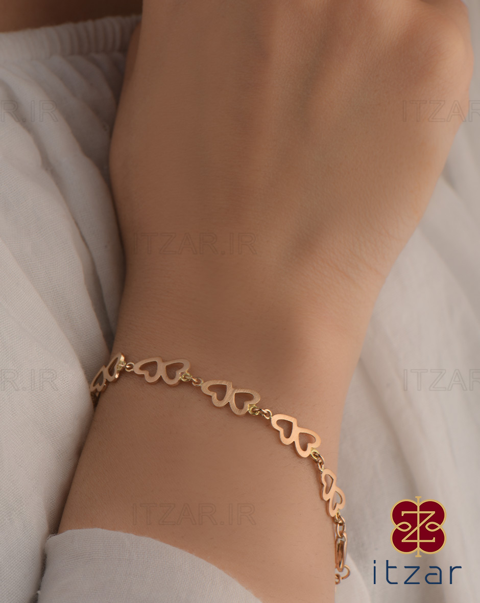دستبند اوستا لاو