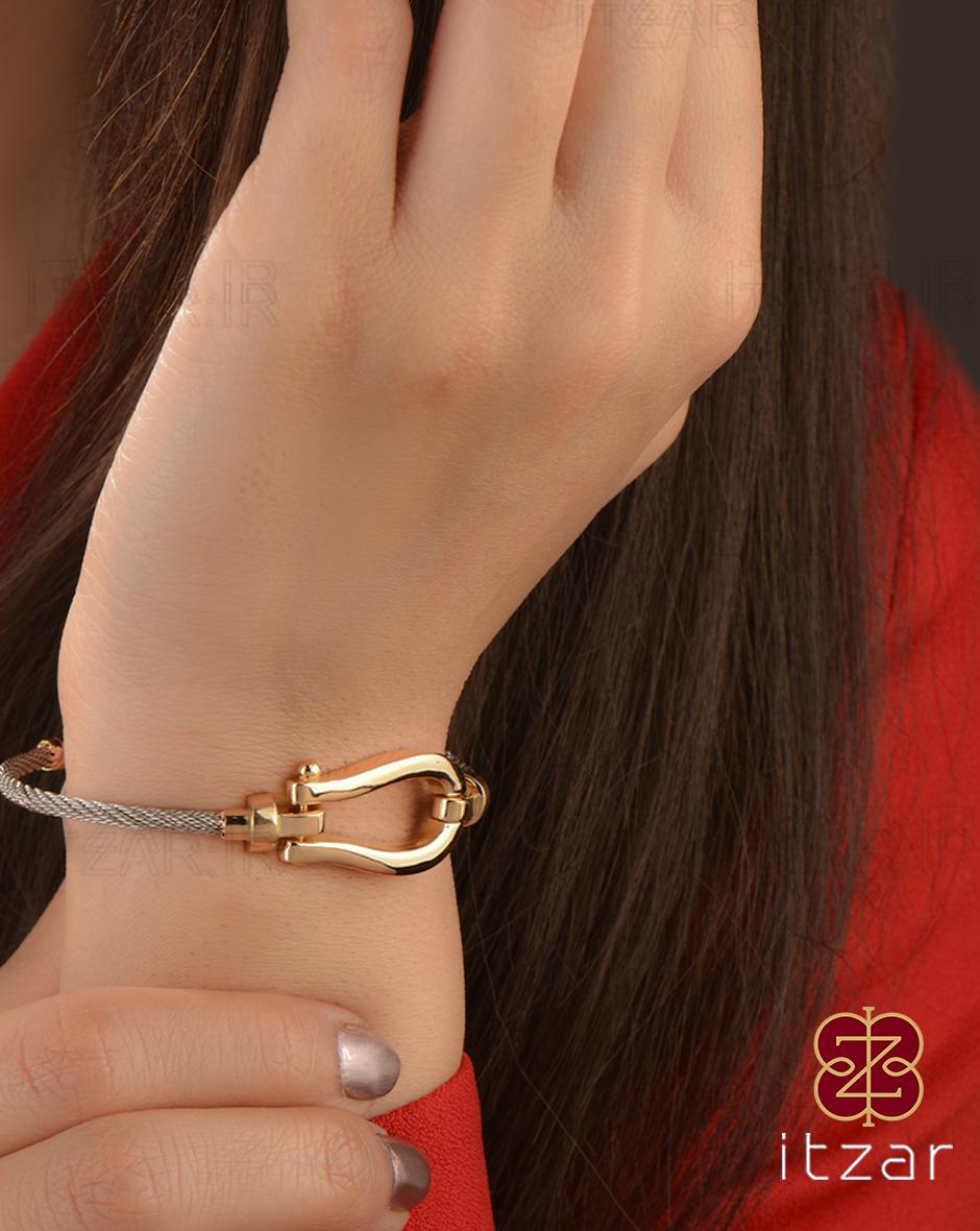 دستبند فرد مهلا